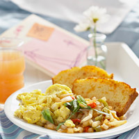 Basil Scrambled Eggs with Cornbread Toast