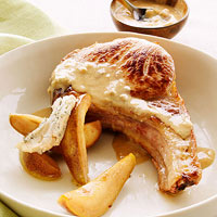 Pork Chops with Gorgonzola and Pears