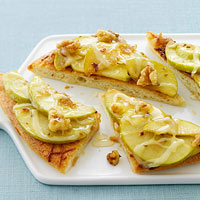 Apple-Anise Pizza