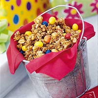 dig in snack mix