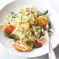 Linguini with Fresh Veggies