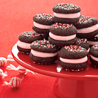 Chocolate-Peppermint Marshmallow Sandwich Cookies
