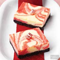 Swirls-of-Peppermint Cheesecake Bars
