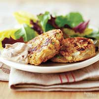 Chipotle-Sauced Crab Cakes