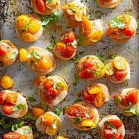 Roasted Cherry Tomato Pizza Poppers