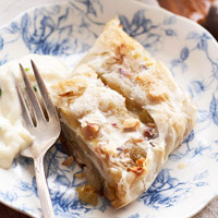 Green Apple Strudel with Vanilla-Basil Sauce