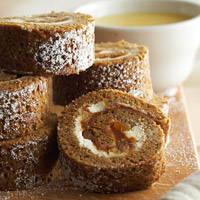 Gingerbread Roulade with Dulce de Leche Cream Filling
