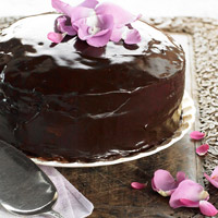 Katrinas Bacon-Laced Chocolate Cake