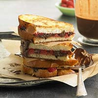 Chocolate-Raspberry Grillers