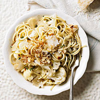 Spaghetti with Cauliflower, Capers, and Lemon