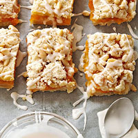 Apricot-Rosemary Bares Streusel