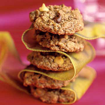 Chocolate Lovers' Oatmeal Delights | Midwest Living