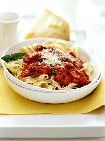 Tomato Vodka Cream Pasta Sauce with Fettuccine | Midwest Living