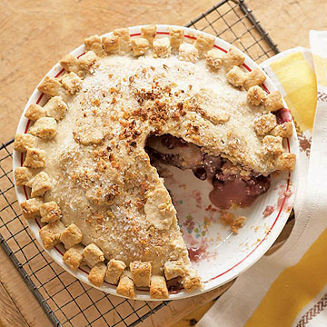 Apple-Cranberry Walnut Pie | Midwest Living