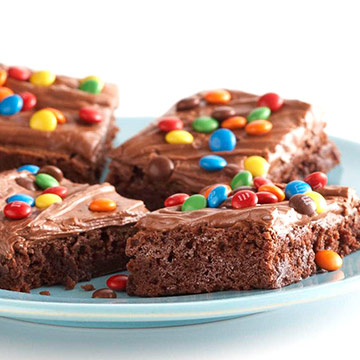 Co S Candy Bar Brownies Midwest Living