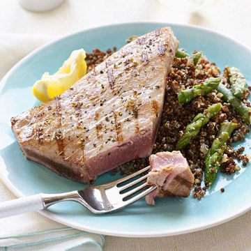 Grilled Tuna with Red Quinoa Risotto