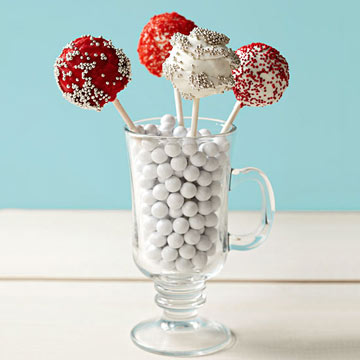 Chocolate-Peppermint Cake Pops