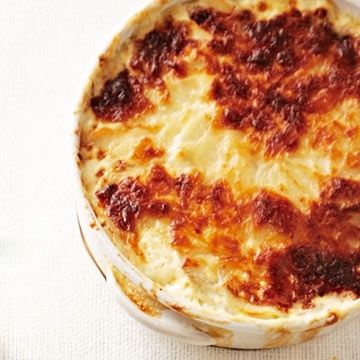 Scalloped Potatoes with Leeks and Manchego Cheese