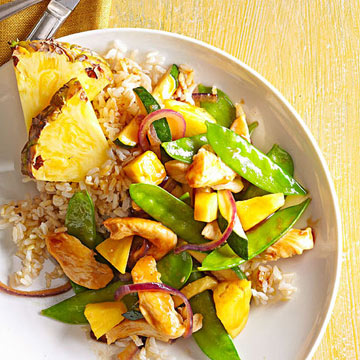 Pineapple-Chicken Stir-Fry | Midwest Living