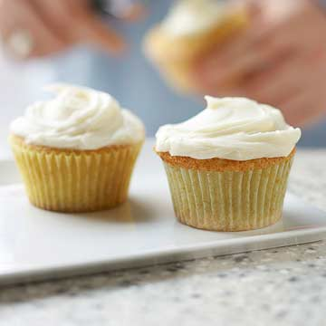 Simple White Cupcakes with Creamy Frosting   Midwest Living