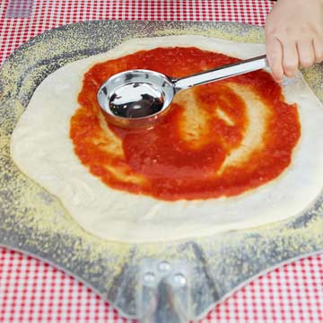 Simple Pizza Sauce | Midwest Living