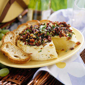 Tomato-Topped Baked Brie