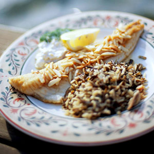 Walleye amandine midwest living for Walleye fish recipes