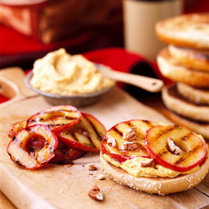 Apple Bagel Sandwiches with Pumpkin Cream Cheese