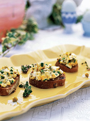 Chopped Egg Salad on Raisin-Nut Toasts