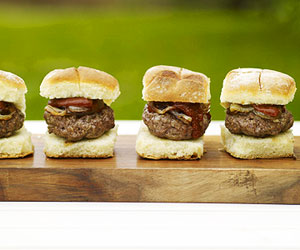 Chipotle Mini burgers