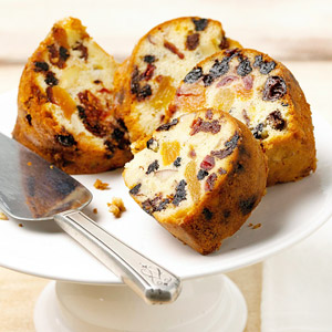 Chunky Dried Fruit Cake