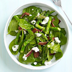 Spinach with Asparagus & Goat Cheese