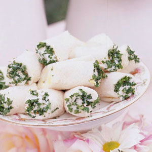 Herbed Egg Salad Roll Ups