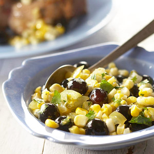 Sweet 'n Hot Corn and Blueberry Relish
