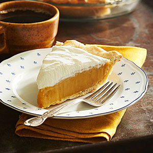 'True Butterscotch Pie' from the web at 'http://images.meredith.com/bhg/images/recipe/ss_RU185555.jpg'
