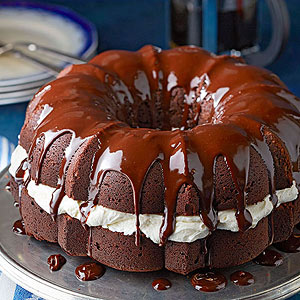 Whoopie Pie Cake
