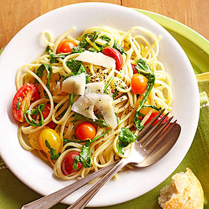 Tomato Pasta with Arugula and Parmesan