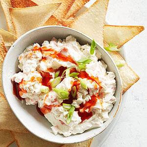 Creamy Crab Rangoon Dip with Wonton Chips