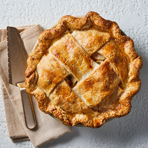 Apple Sage Gouda Pie