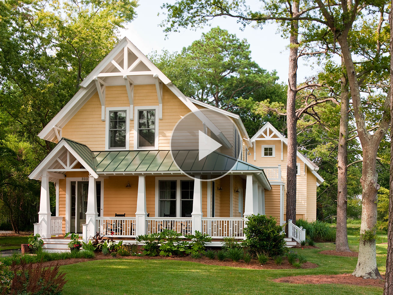 Choose the finest for getting most appealing video for Exterior colors for small homes