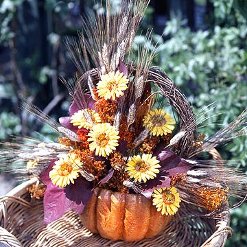 Festive Fall Pumpkin Centerpiece