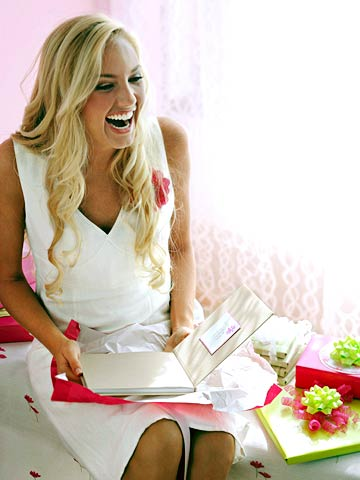 8 Ways to Be the Best Bridesmaid