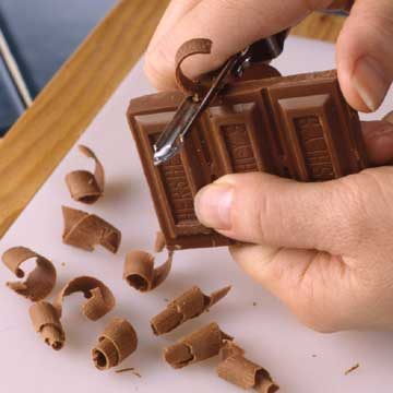 Chocolate Curls For Cake Decorating