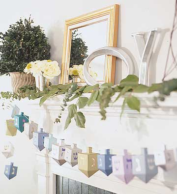 Paper Dreidel Garland Instructions