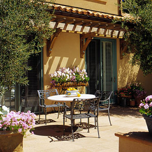 Outdoor Dining Areas Are Morelikely To Be Used If Theyu0027renear The House And  Shelteredfrom Harsh Winds And Hot Sun.