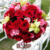 Wedding Roses: Bouquets & More