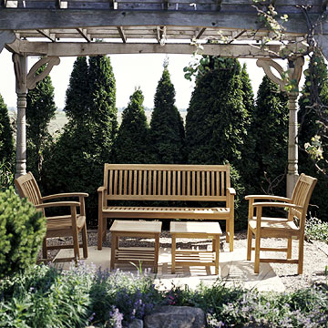 One Outdoor Space: Two Fabric Makeovers