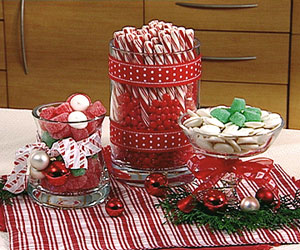 Christmas Decorating: Make a Candyland Holiday Decoration