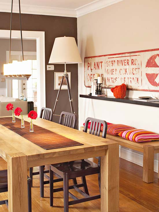 Small-Space Dining Rooms
