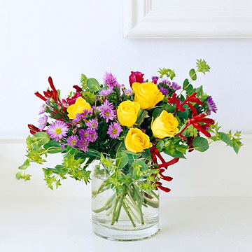 classic flower arrangements stunning bouquets you can make, Natural flower